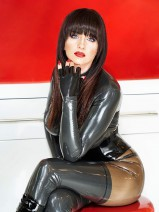 Rubberdiva Lady Donatella IM STUDIO BLACK FUN