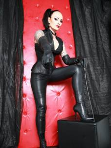 ladies de lüneburg high heels bdsm